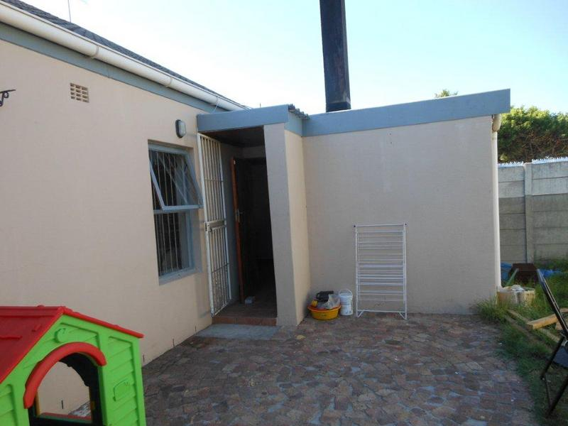 Property For Sale in Protea Village, Brackenfell 12